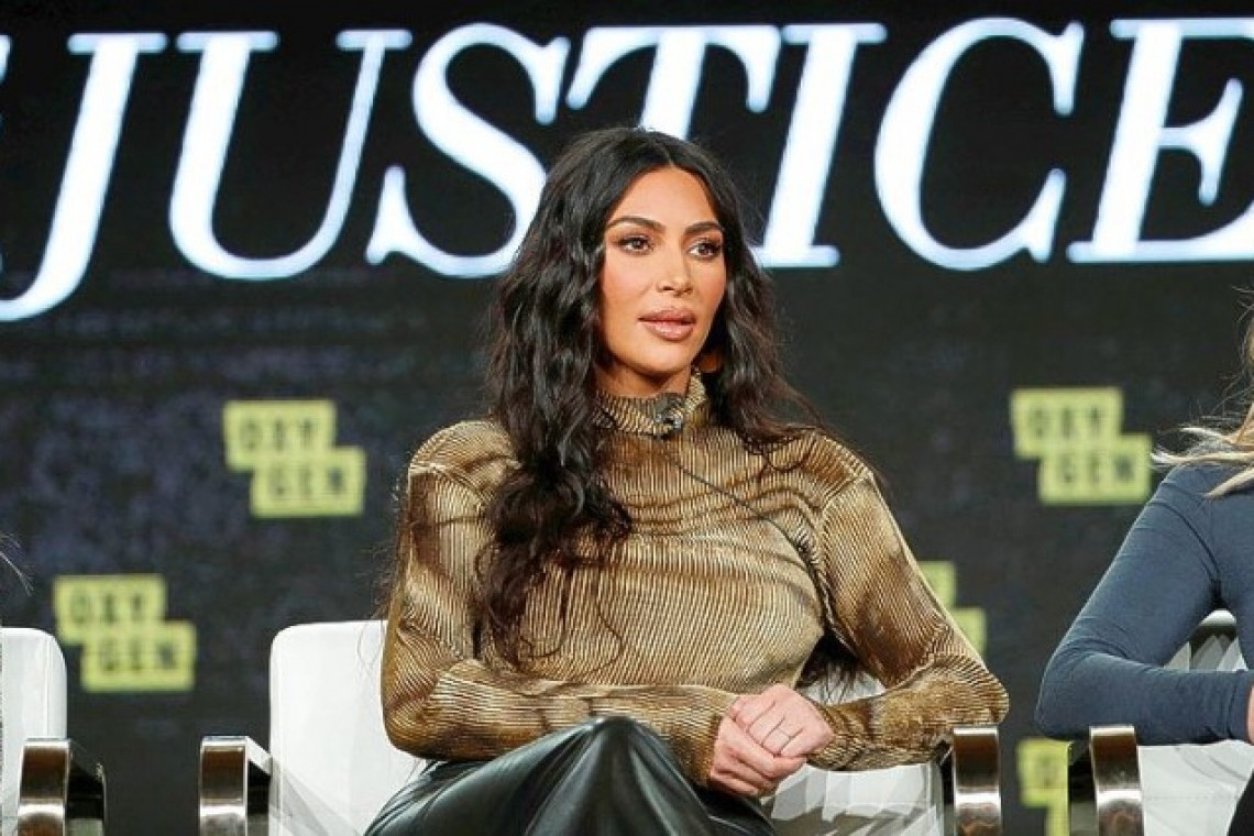 Kardashian shrugs off critics, reveals law school progress