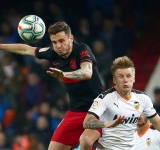 Atletico held 2-2 at Valencia in La Liga