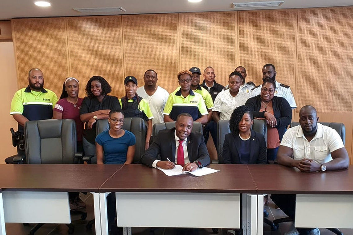 Doran signs settlement  for 24 police personnel