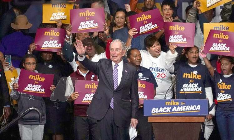 US Democratic rivals tell Bloomberg: Let's debate