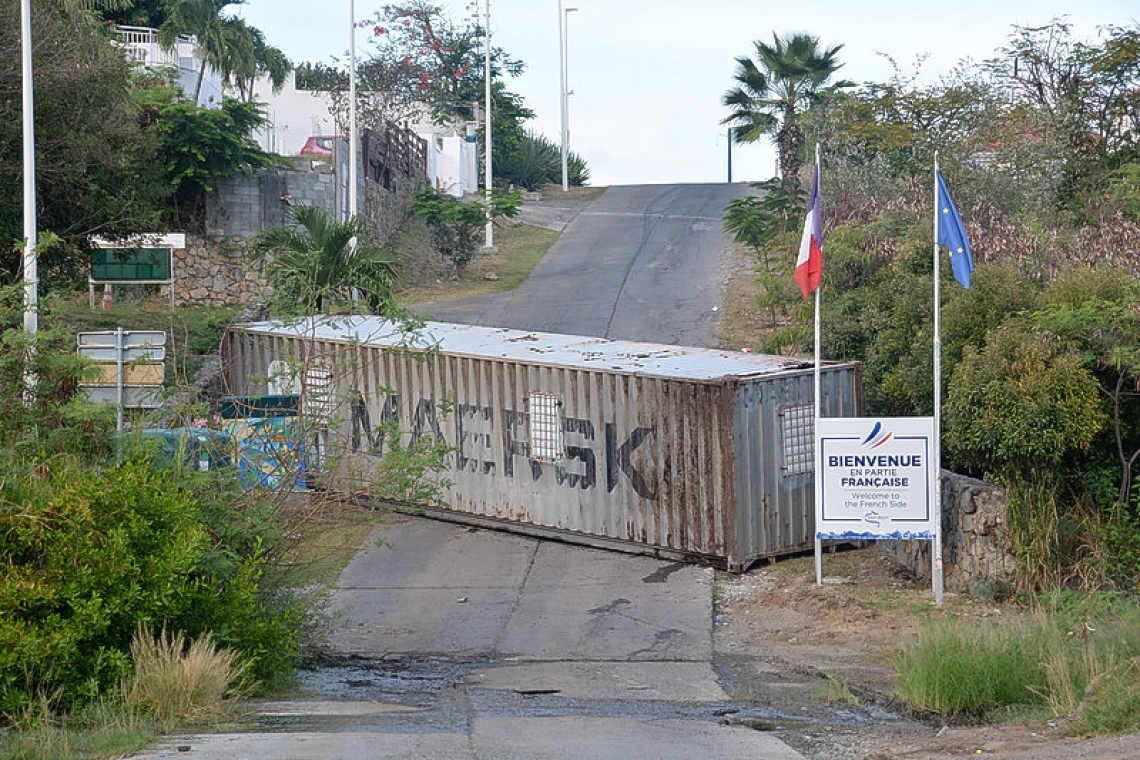 Préfecture indicated border at Oyster  Pond, Cupecoy would remain closed