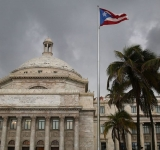 Puerto Rico power company  hands T&D to private firms
