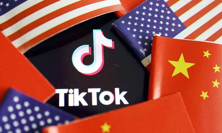 Trump: US should get substantial portion of TikTok sale price