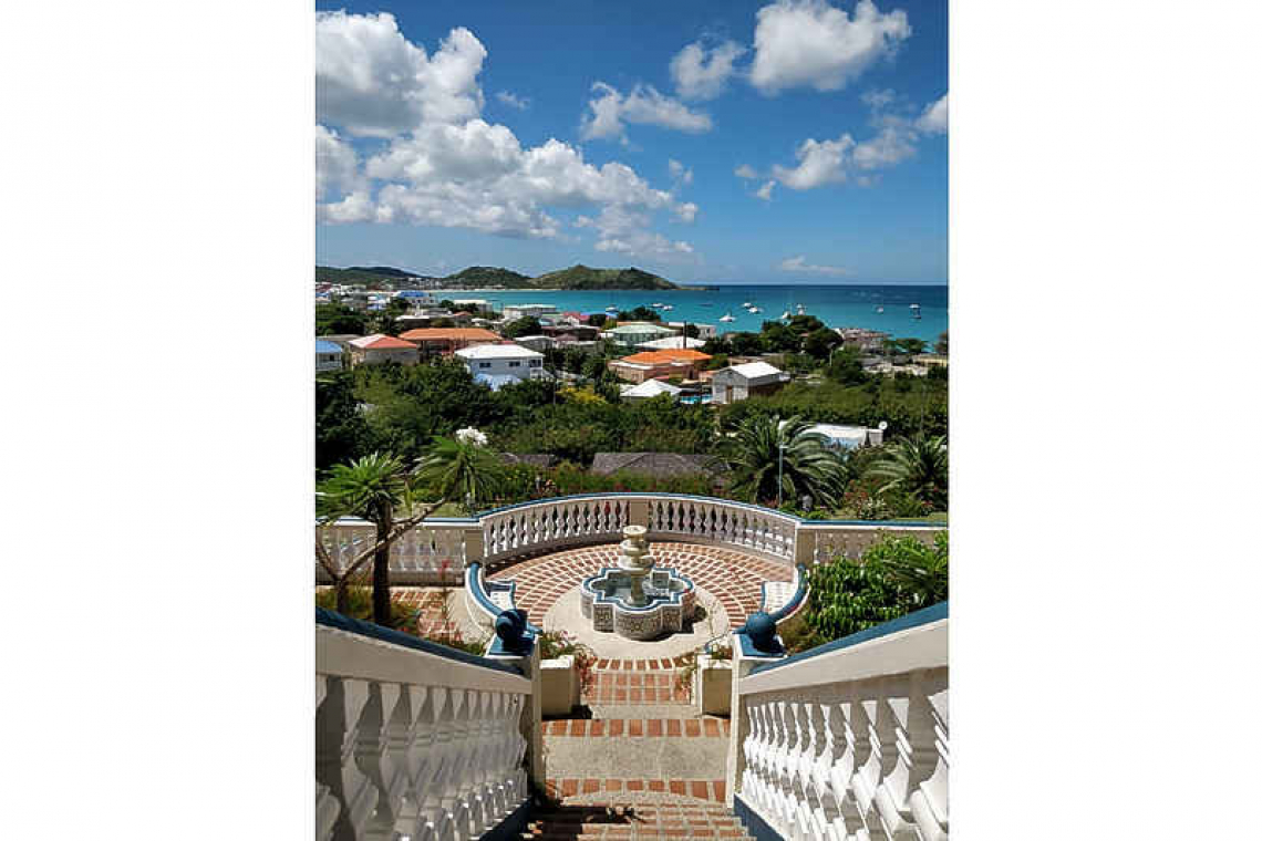 Why St. Maarten remains an attractive destination for foreign investors