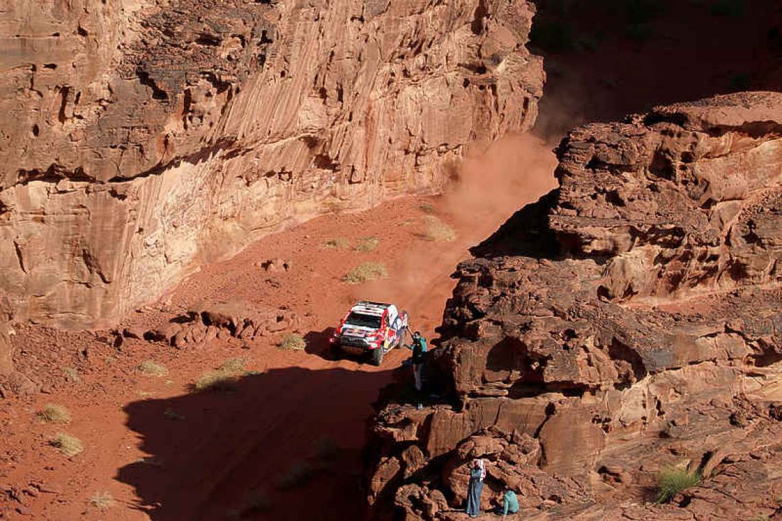 Al-Attiyah wins eighth stage to rein in Dakar leader Peterhansel