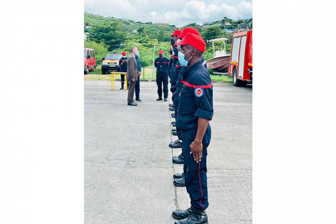 Five volunteer firefighters to  start training in Guadeloupe